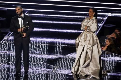 MTV VMA 2016: Drake e Rihanna, le immagini 20