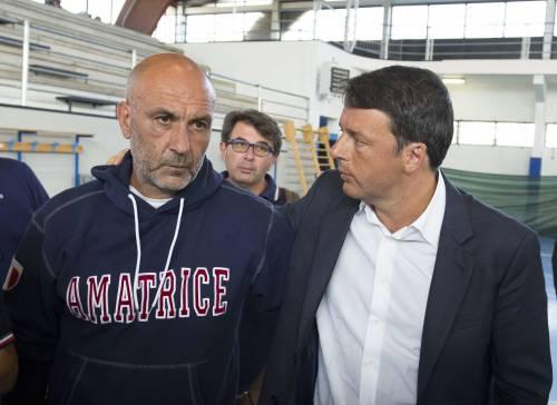 """Pirozzi: """"Mattè, non fate i matti"""". E i funerali tornano ad Amatrice"""