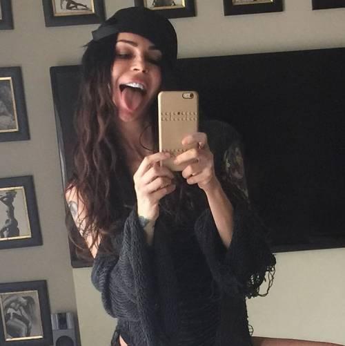 Nina Moric, le foto più sexy su Instagram 32