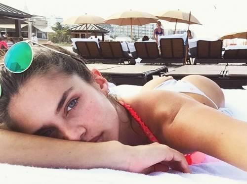 Sara Sampaio sexy su Instagram: foto 36