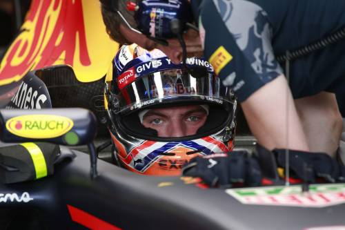 Formula 1, Gp Austria: vince Verstappen. Vettel in testa al Mondiale, Hamilton k.o.