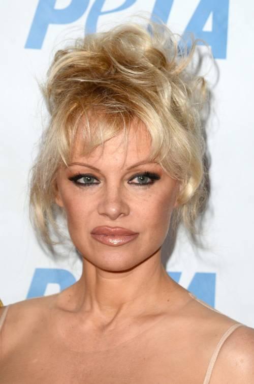Pamela Anderson, la più sexy ieri e oggi 6