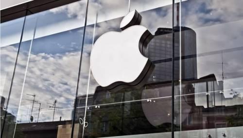 Trump vuol convincere Apple a produrre negli Usa