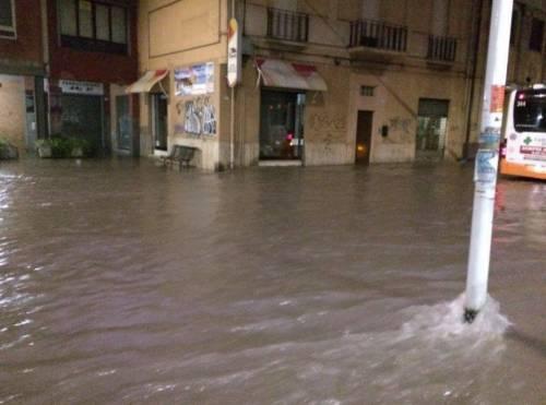 Maltempo, nubifragi in Centro Nord. 4 feriti a Roma