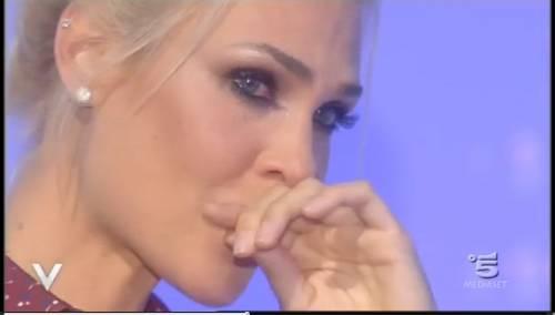 Ilary Blasi piange a Verissimo insieme a Silvia Toffanin