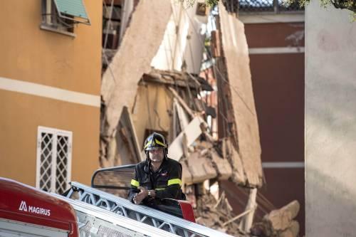 Palazzo crollato, la Raggi chiede 300mila euro ai proprietari