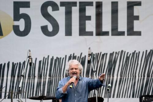 """Torna il bavaglio di Grillo: """"Portavoce M5S non parlino"""""""