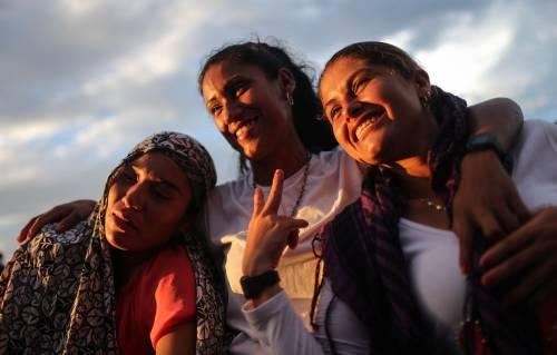 I ribelli delle Farc festeggiano l'accordo 13