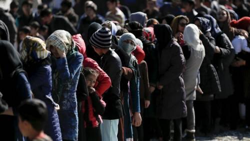 Migranti, la vergogna della Ue: ricollocato un solo minore su 5000