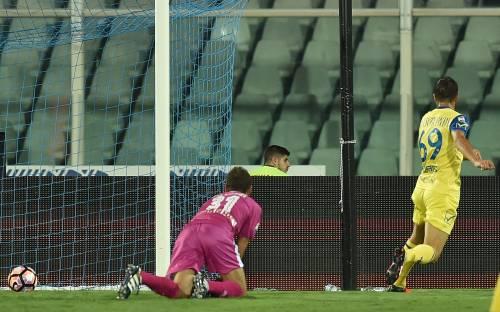 Serie A: il Chievo vince 2-0 a Pescara e si porta al terzo posto