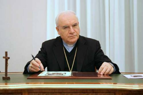 """Il vescovo che sfida i buonisti: """"Non sono schiavo delll'islam"""""""