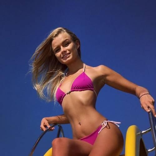Mercedesz Henger, le foto più sexy 4