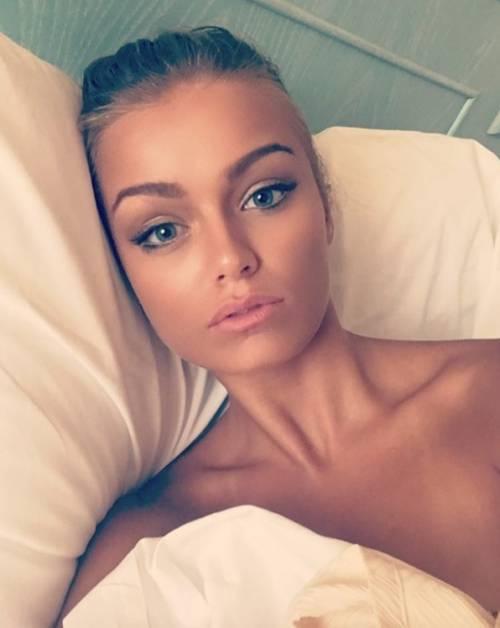 Mercedesz Henger, le foto più sexy 6