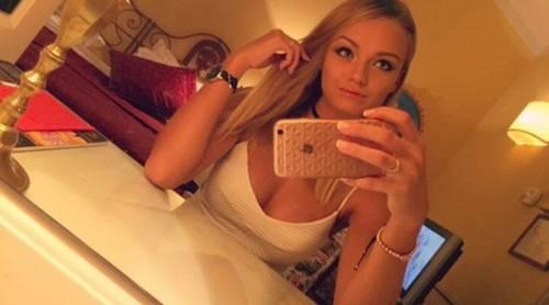 Mercedesz Henger, le foto più sexy 12