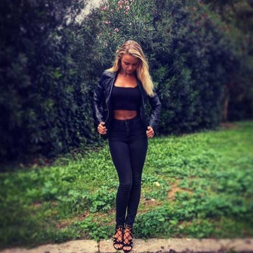Mercedesz Henger, le foto più sexy 25