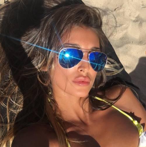 Cristina Buccino sexy su Instagram: foto 2