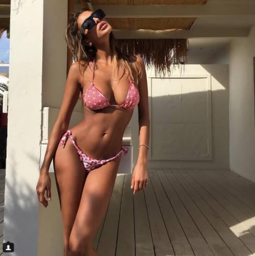 Cristina Buccino sexy su Instagram: foto 12
