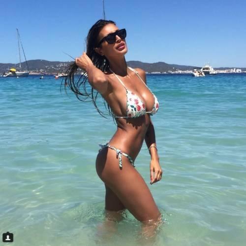 Cristina Buccino sexy su Instagram: foto 21