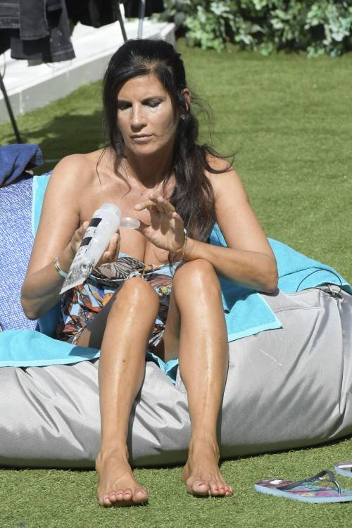 Pamela Prati, la sexy icona televisiva del Grande Fratello Vip 32