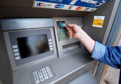 """I debiti col fisco te li dice il bancomat: """"Niente più sportelli"""""""