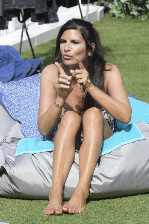 Pamela Prati sexy al Grande Fratello Vip 8