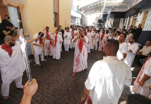 Ashura: la festa delle flagellazioni sciite 20