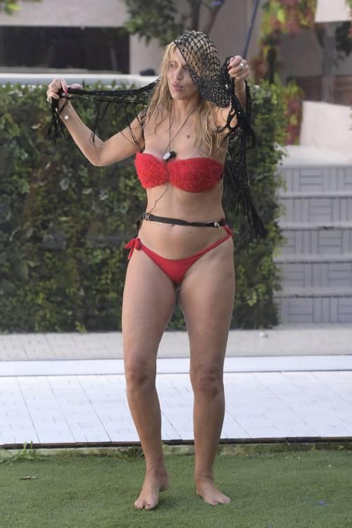Grande Fratello Vip, i bikini più sexy 59