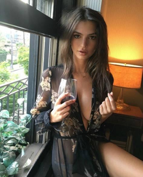 Emily Ratajkowski, le foto 3