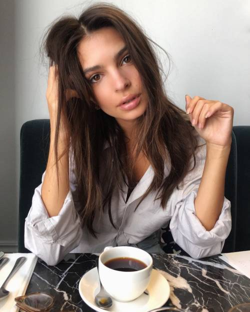 Emily Ratajkowski, le foto 29