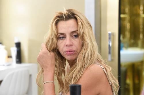 Grande Fratello Vip, Valeria Marini sempre più sexy 26