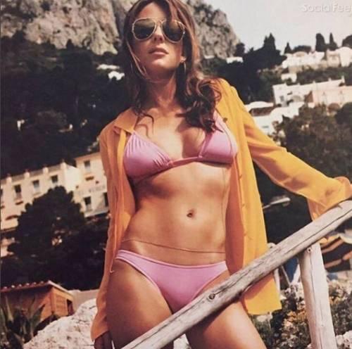 Elizabeth Hurley, sexy tra pubblico e privato 3
