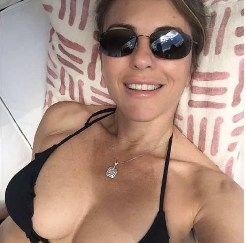 Elizabeth Hurley, sexy tra pubblico e privato 9