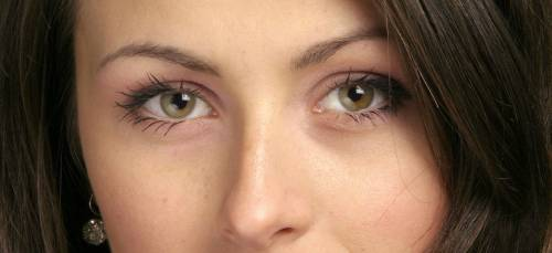 Viso: i rimedi naturali per una pelle luminosa