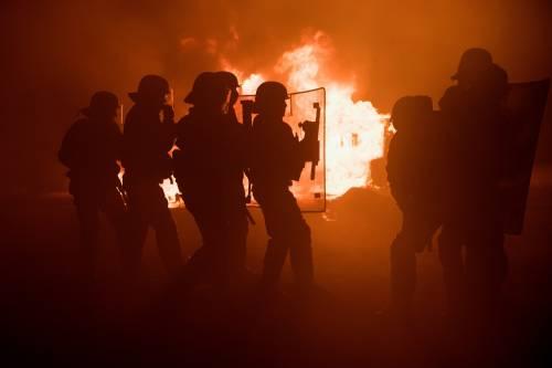 """A Calais scoppia la rivolta nella """"giungla"""" 6"""