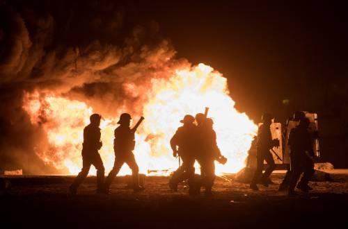 """A Calais scoppia la rivolta nella """"giungla"""" 18"""
