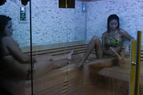 Grande Fratello Vip: doccia hot per Mariana Rodriguez 62