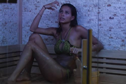 Grande Fratello Vip: doccia hot per Mariana Rodriguez 66