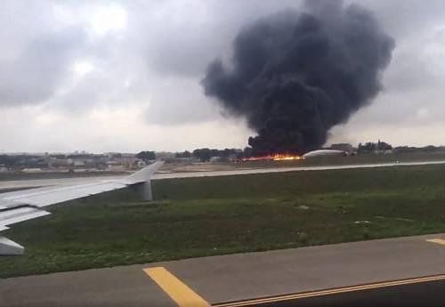 Malta, aereo di sorveglianza doganale francese si schianta nell'aeroporto La Valletta 2