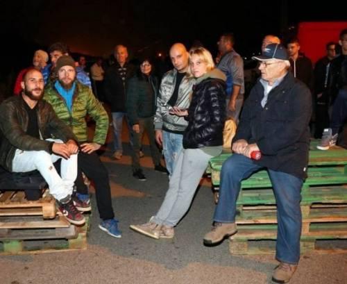 Ferrara, cittadini in strada contro i profughi 3