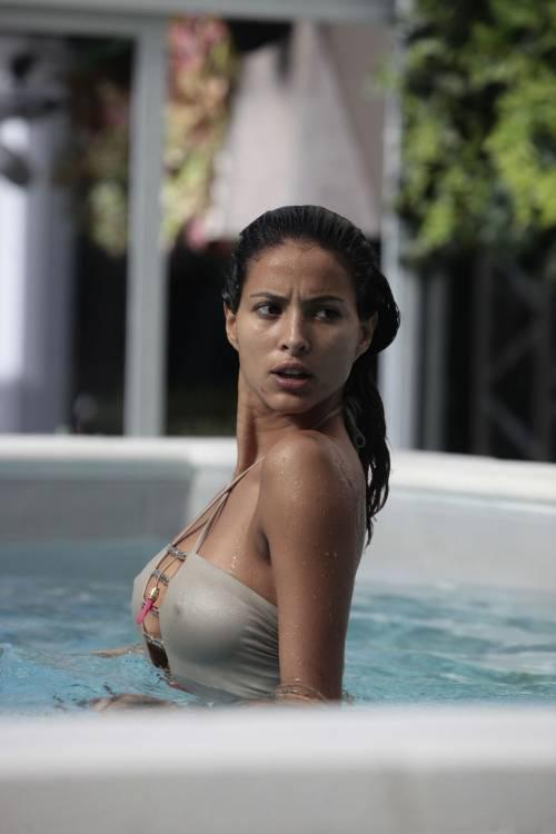 Grande Fratello Vip, i momenti sexy di Mariana Rodriguez 46