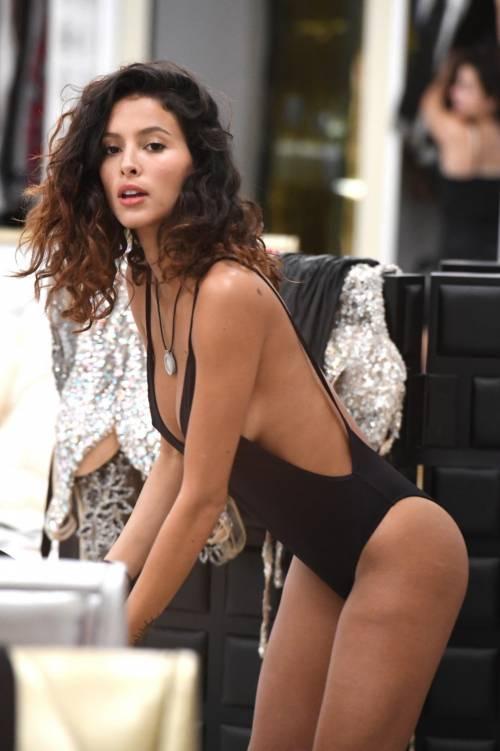 Grande Fratello Vip, i momenti sexy di Mariana Rodriguez 47