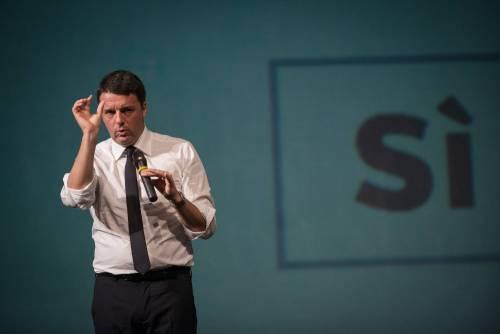Renzi cade sul volo di Stato: chiede il Sì con l'elicottero