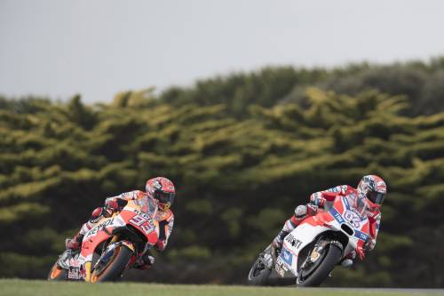 Gp Malesia, Dovizioso trionfa davanti a Rossi