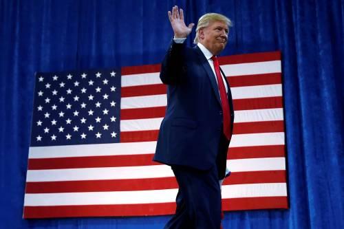 """Gli ufficiali sostengono Hillary Ma la """"truppa"""" appoggia Trump"""