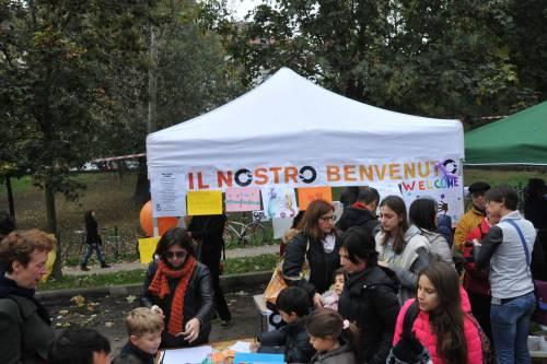 I centri sociali festeggiano coi migranti 6