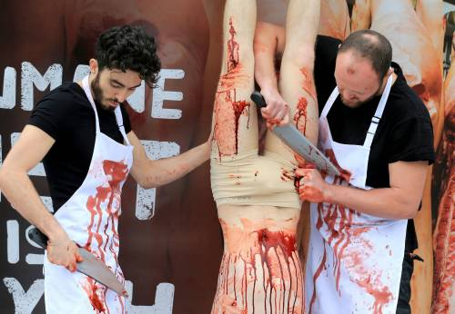 La macellazione umana in piazza a Londra 6