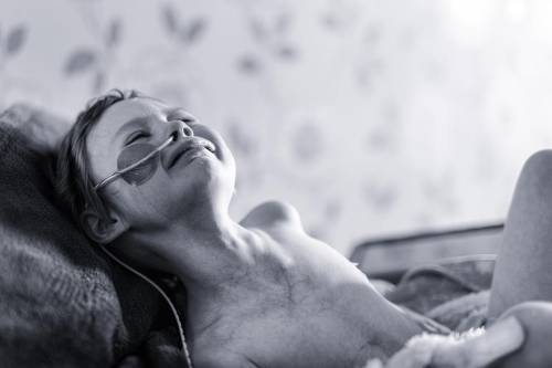 """""""Jessica ha smesso di soffrire. Questa mattina ha messo le ali d'angelo. Il cancro ha vinto"""""""