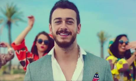 Il cantante in arresto per stupro. E il re del Marocco lo difende