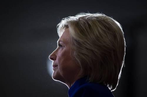 """La profezia di Friedman: """"Se vince la Clinton, sarà più aggressiva con Putin"""""""