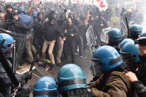 Firenze, scontri al corteo anti-Leopolda